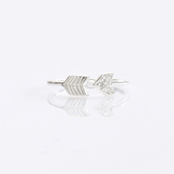 Arrow With CZ Sterling Silver Ring - anelarevese - 1