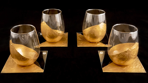 Which Wines to be served in a stemless wine glass?