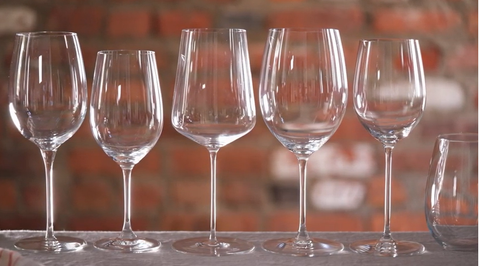 How Important are Wine Glasses? Are wine glasses necessary?