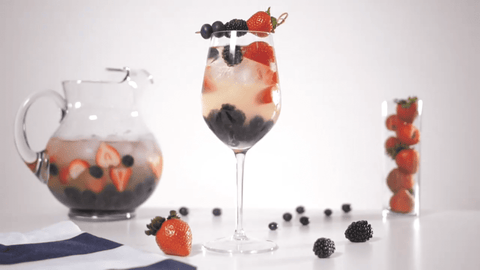 Make A Light, Fruity and Refreshing White Wine Sangria for Any Occasion