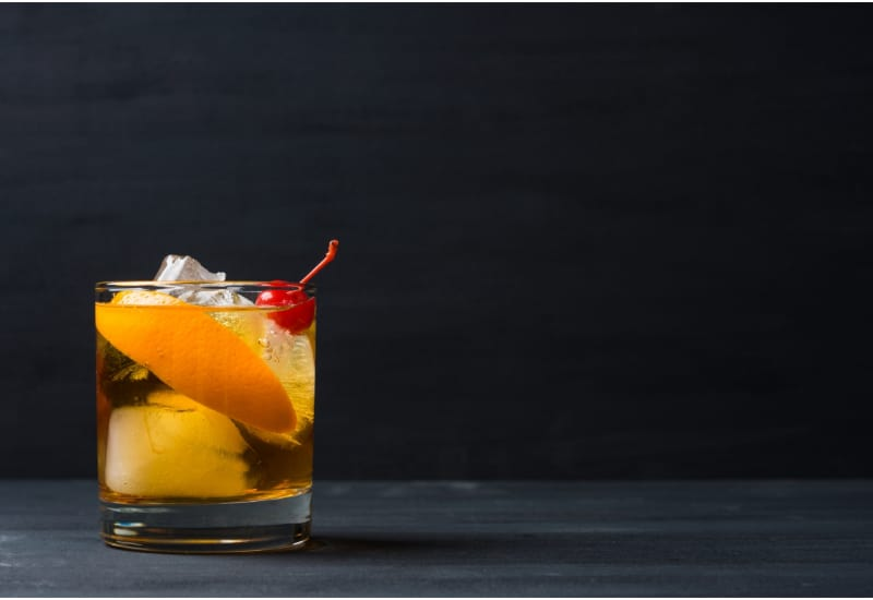 1 glass of Old fashioned cocktail