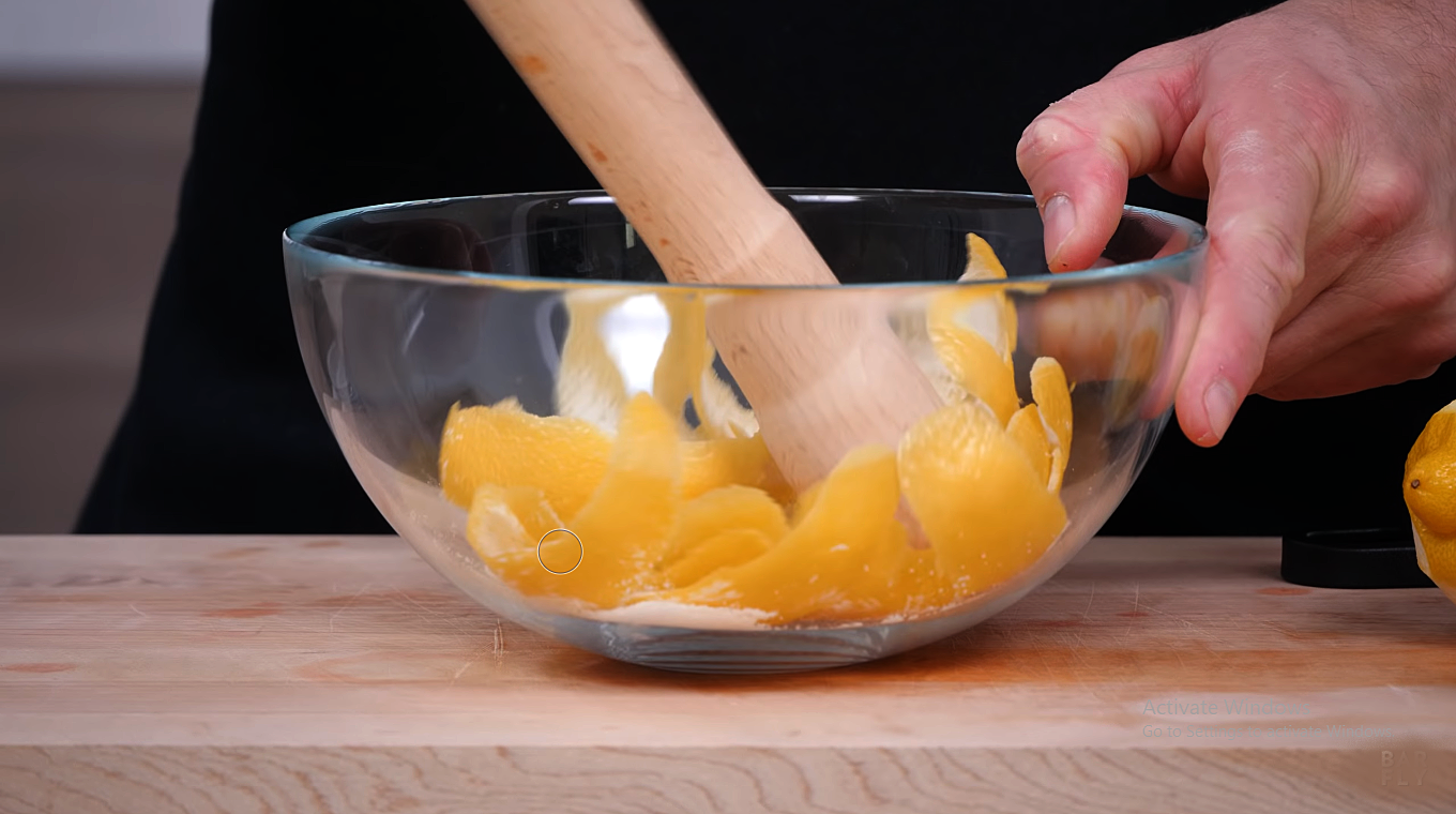How to Make Oleo Saccharum: Muddling Method [Image by The Educated Barfly]