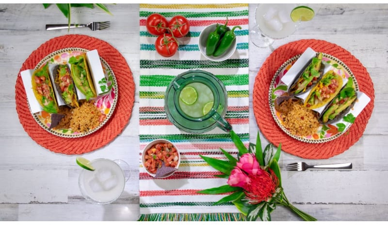 Tablescape with colorful decorations