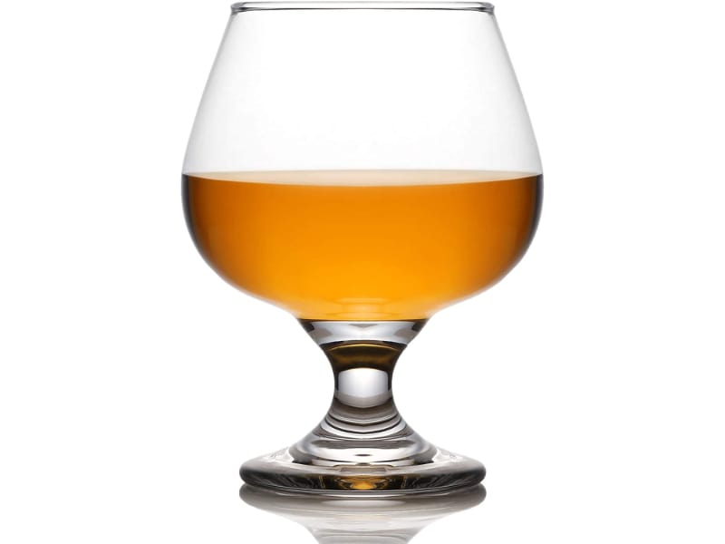 A glass included in the whiskey set