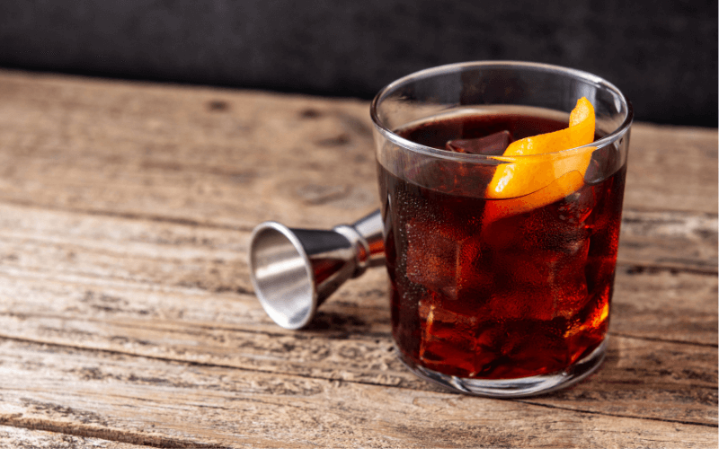 A glass of Boulevardier
