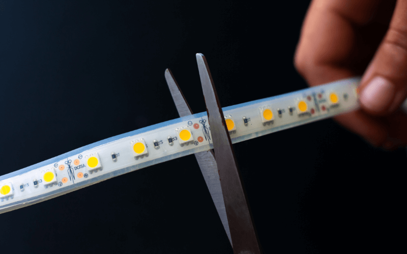 Cutting Led Strip with Scissors