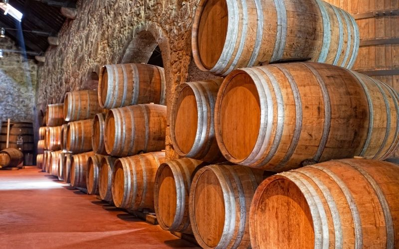 Layers of casks