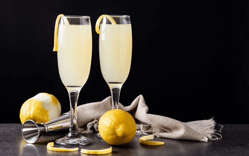 Two glasses of French75