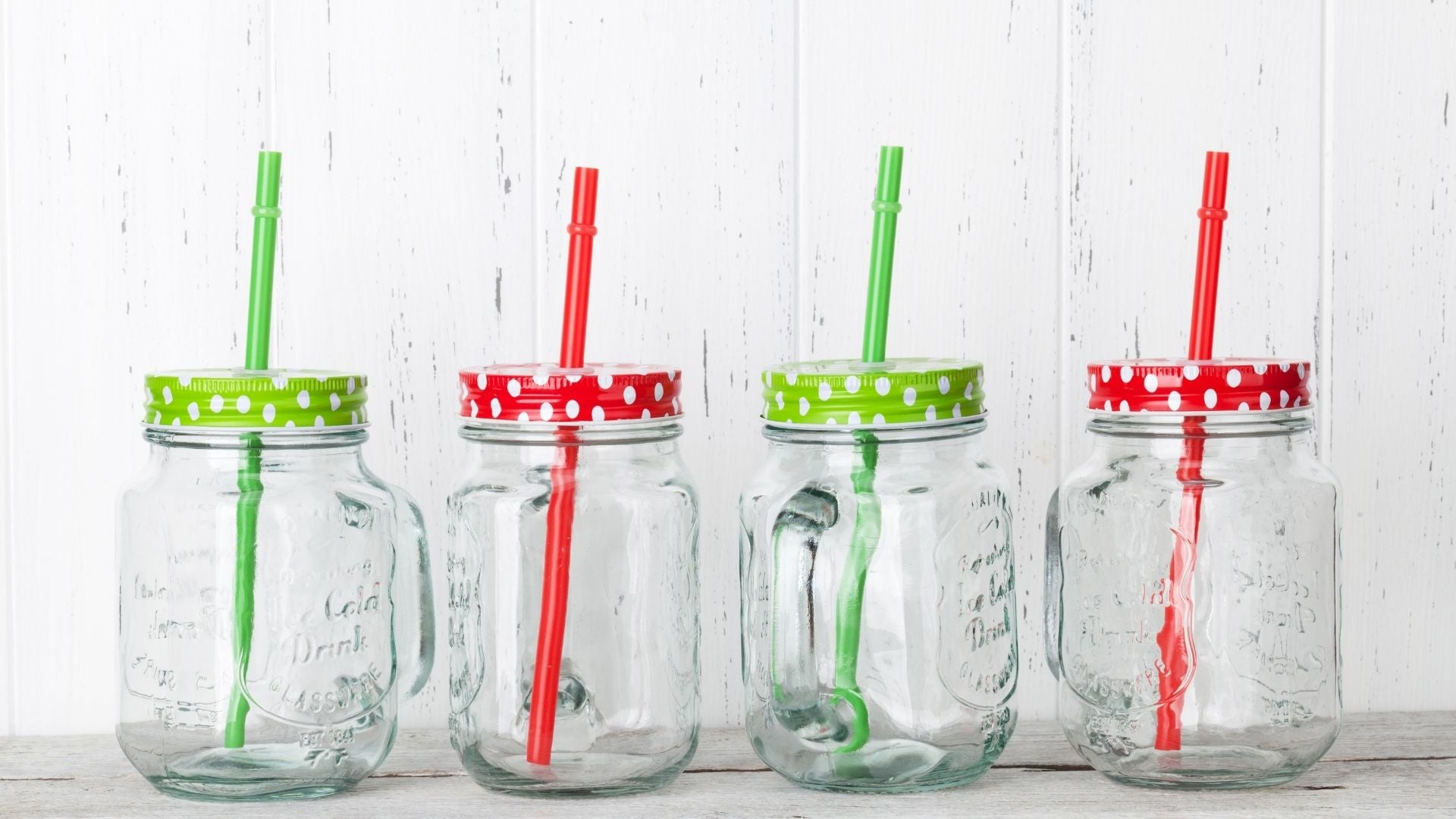 Avoid Using Metal Straws With Lids