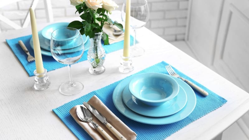 Blue table setting with single glassware