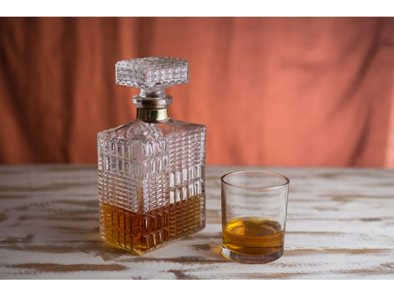 Closed Whiskey Decanter
