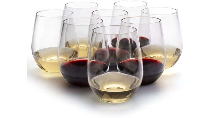 D'Eco Wine Glasses with wine