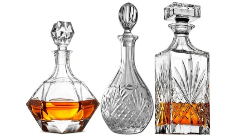 Different types of crystal decanters