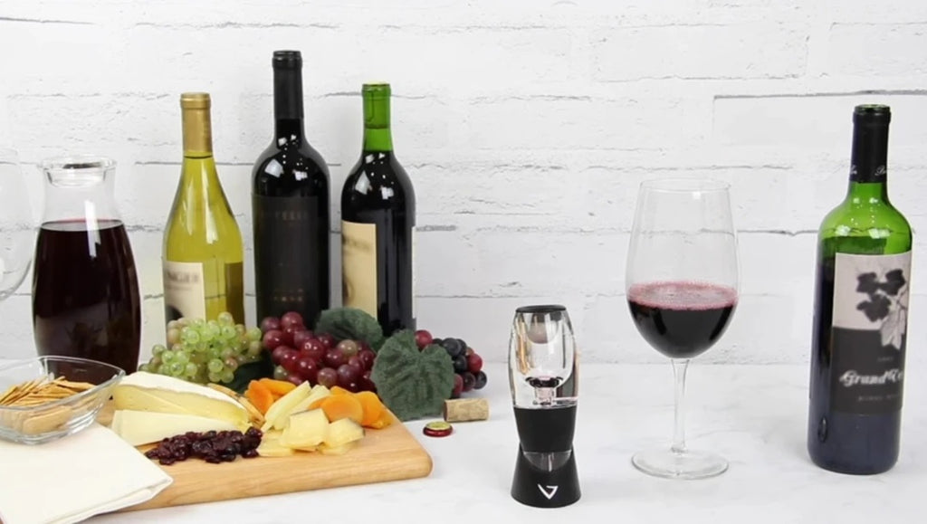 10 Best Wine Aerators Reviews | Buying Guide & Aerating Tips
