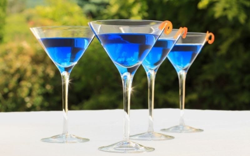 Glasses of Corpse Reviver No. Blue