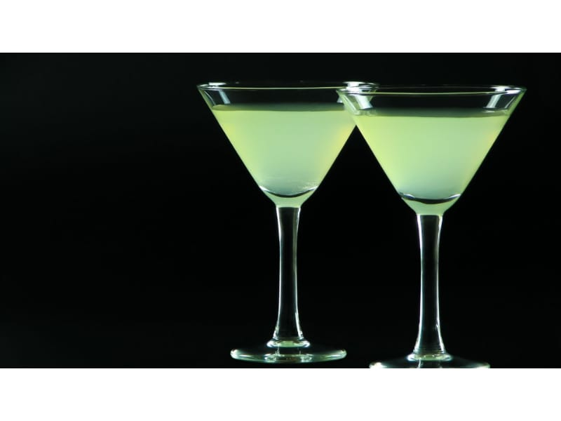 Incredible Hulk drink served in two martini glasses