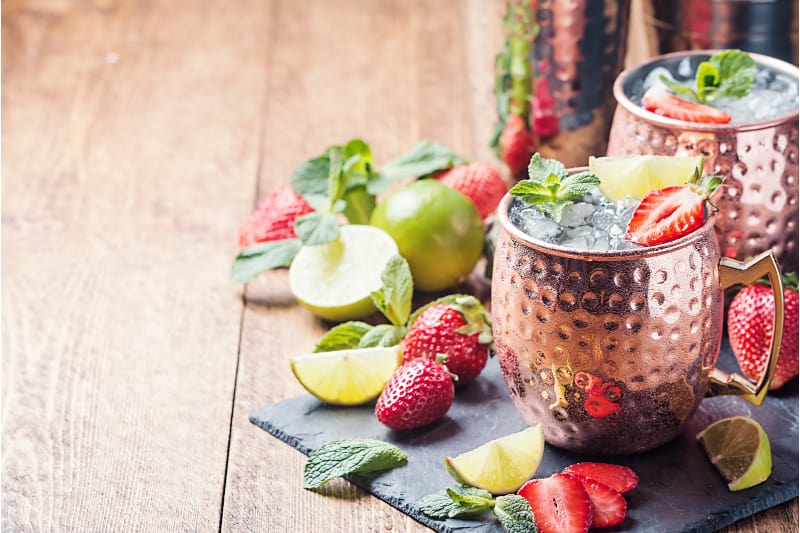 low carb Moscow mule in a copper mug