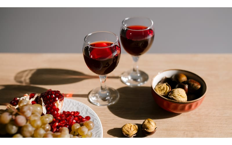 What Is A Dry Red Wine? Types, Food Pairings, & Proper Storage