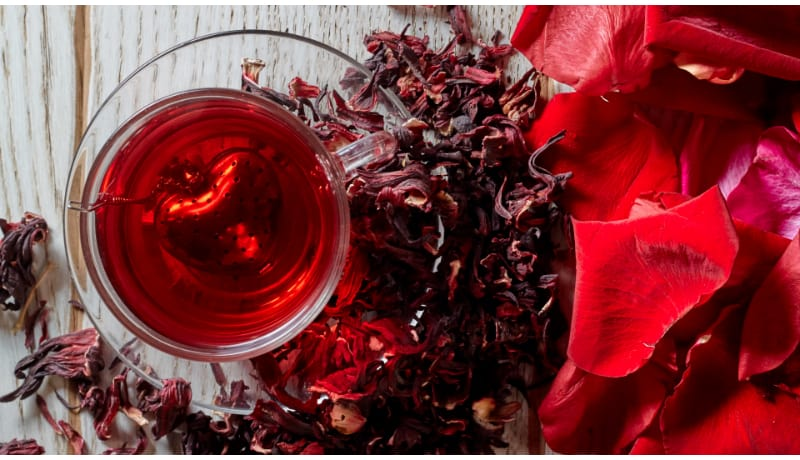 Red Hibiscus mead in glass mug