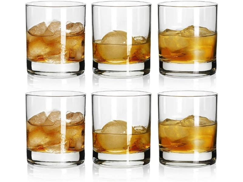 Rock Style Old Fashioned Whiskey Glasses with liquor
