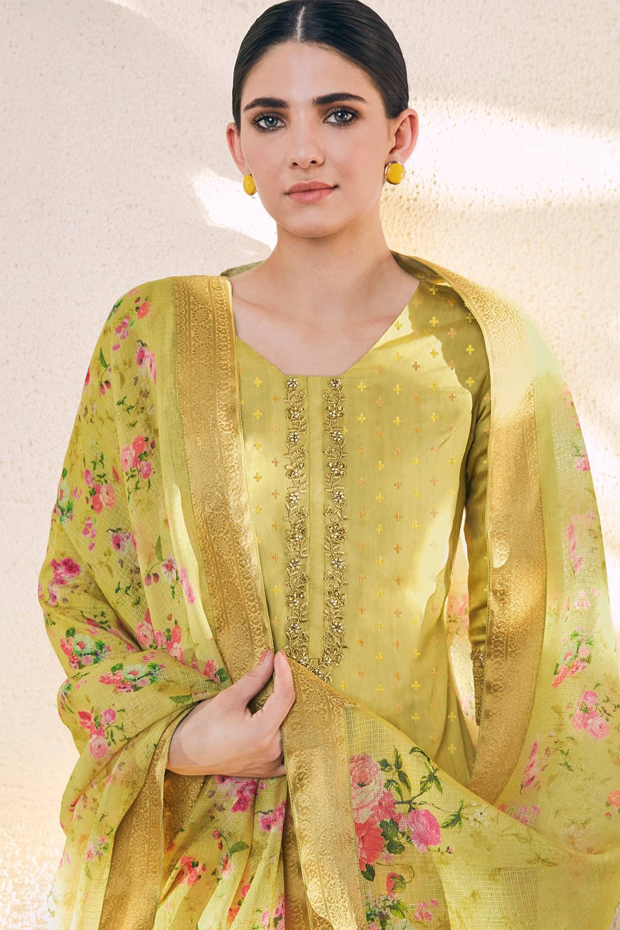Yellow Casual Printed Straight Suit