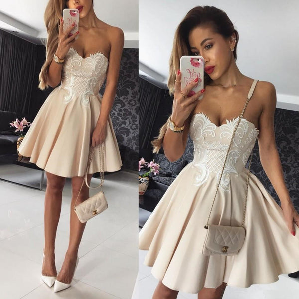 White Strapless Applique Short Homecoming Dresses