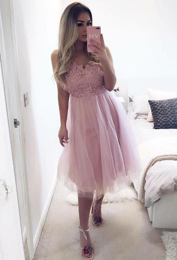 Pink Lace V-neck Tulle Homecoming Dresses Knee Length