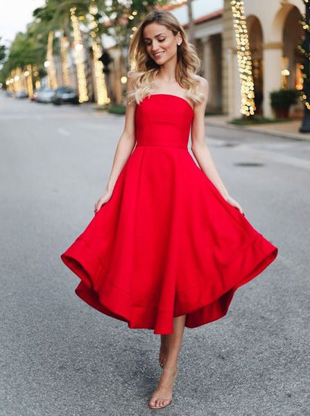 Red Strapless Stain Pleated Homecoming Dresses