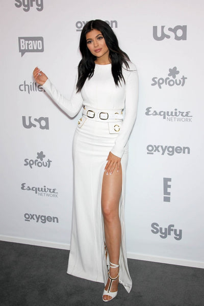 Kylie Jenner White Dress High Slit Round Neck Belt Prom Celebrity Dress NBC/Universal Cable Entertainment Upfront