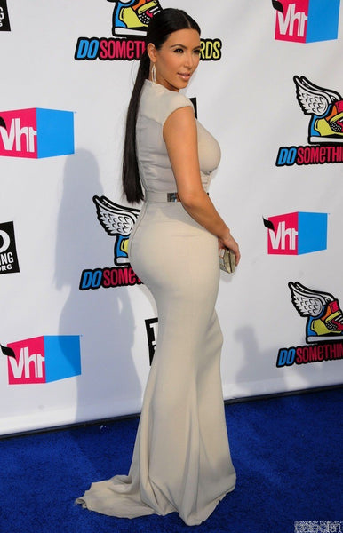 Kim Kardashian Mermaid Dress White Sheath Metal Belt Prom Celebrity Dress VH1 Do Something Awards