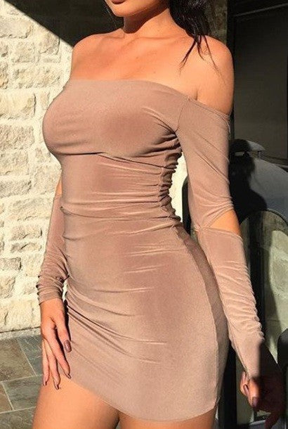 Kylie Jenner Nude Short Dress Off the Shoulder Long Sleeves Cut Out Sheath Wrap Dress Prom Celebrity Formal Dress