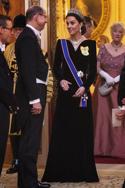Kate Middleton Black Velvet Dress V Neck Modest Classic Prom Celebrity Dress Diplomatic Reception