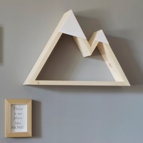 Mountain shaped geometric shelf