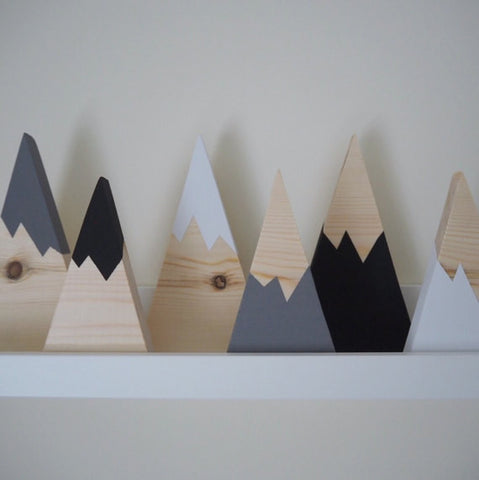 Hand painted wooden 'skinny mountain' set