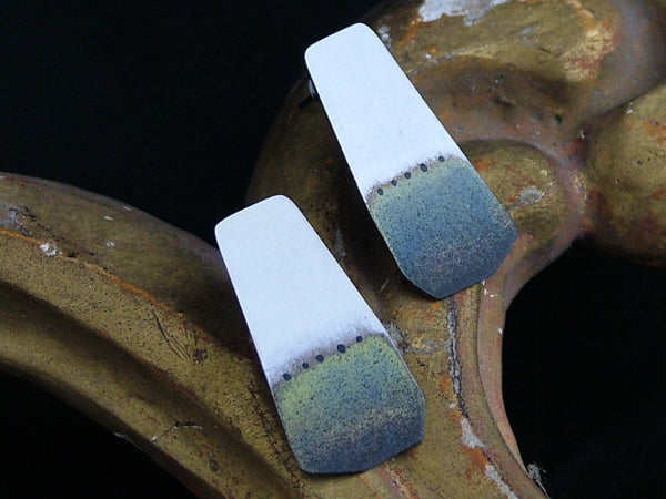 Dip-Dyed Effect Stud Earrings
