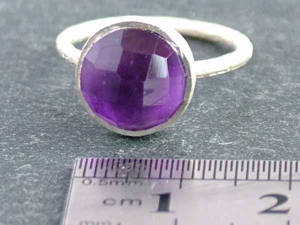 Round Cupcake Ring with Amethyst