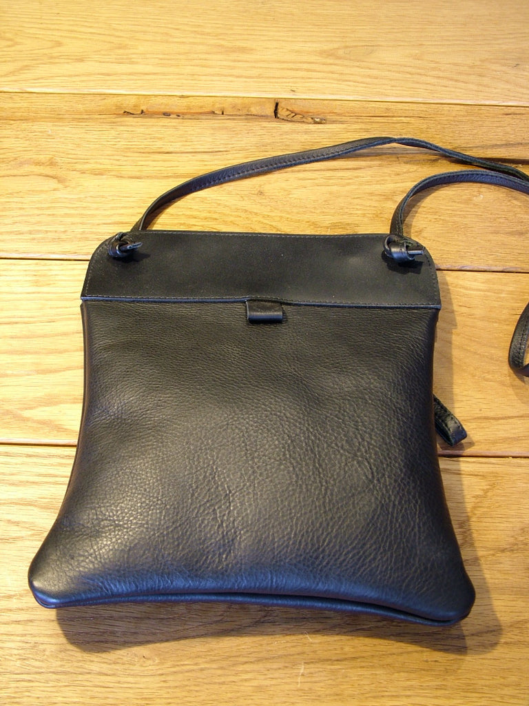 Black Grained Leather Pub Bag