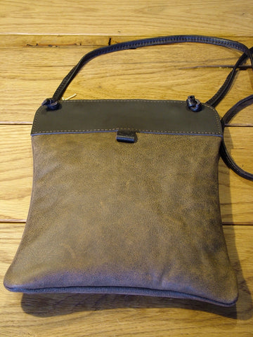 Brown Smooth Leather Pub Bag