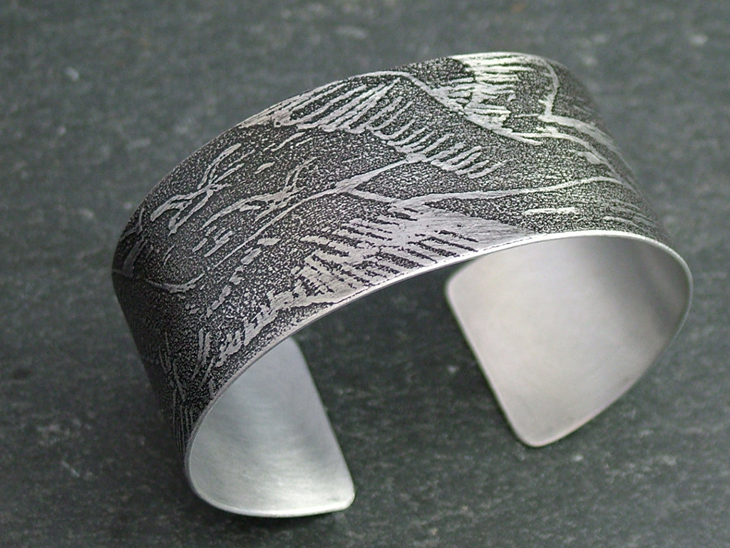Wings of a Gull Bangle