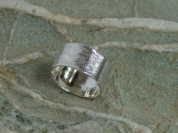 Recoil Chunky Ring