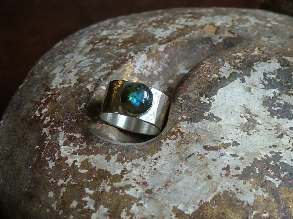 Broad Silver Ring With Labradorite Cabochon