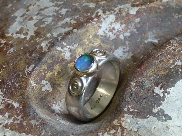 Vintage and Preloved Silver Ring with Opal Triplet