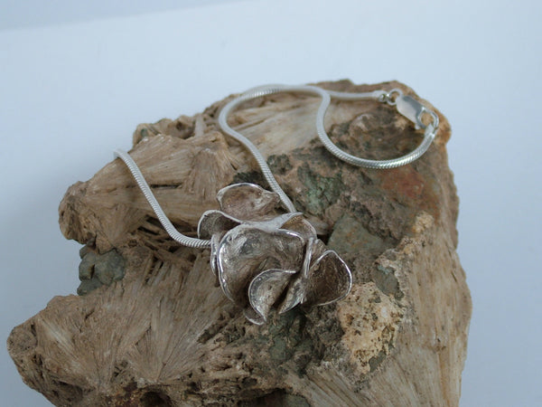 Seaweed Necklace