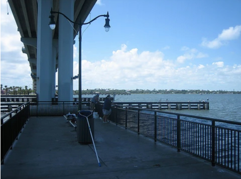 Pompano Fishing Under The Bridge in The Summers