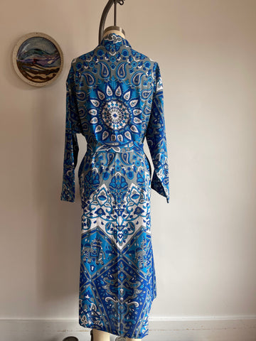 Free Size, Fits up to 2XL Blue Mandala Elephant Tapestry Robe Kimono with Pockets and Belt