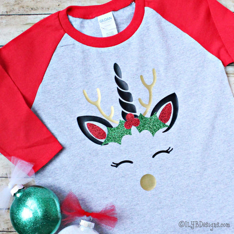CHRISTMAS UNICORN Children's Raglan T-Shirt - CHRISTMAS UNICORN Kids Raglan Tee - ILYB Designs