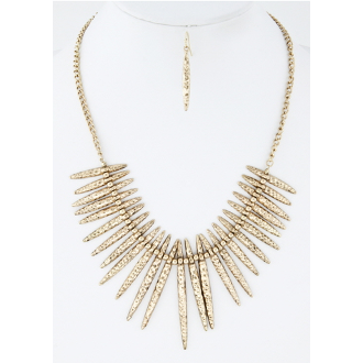 Gold Tone Hammered Spike Necklace Set - Dazzle Her Now