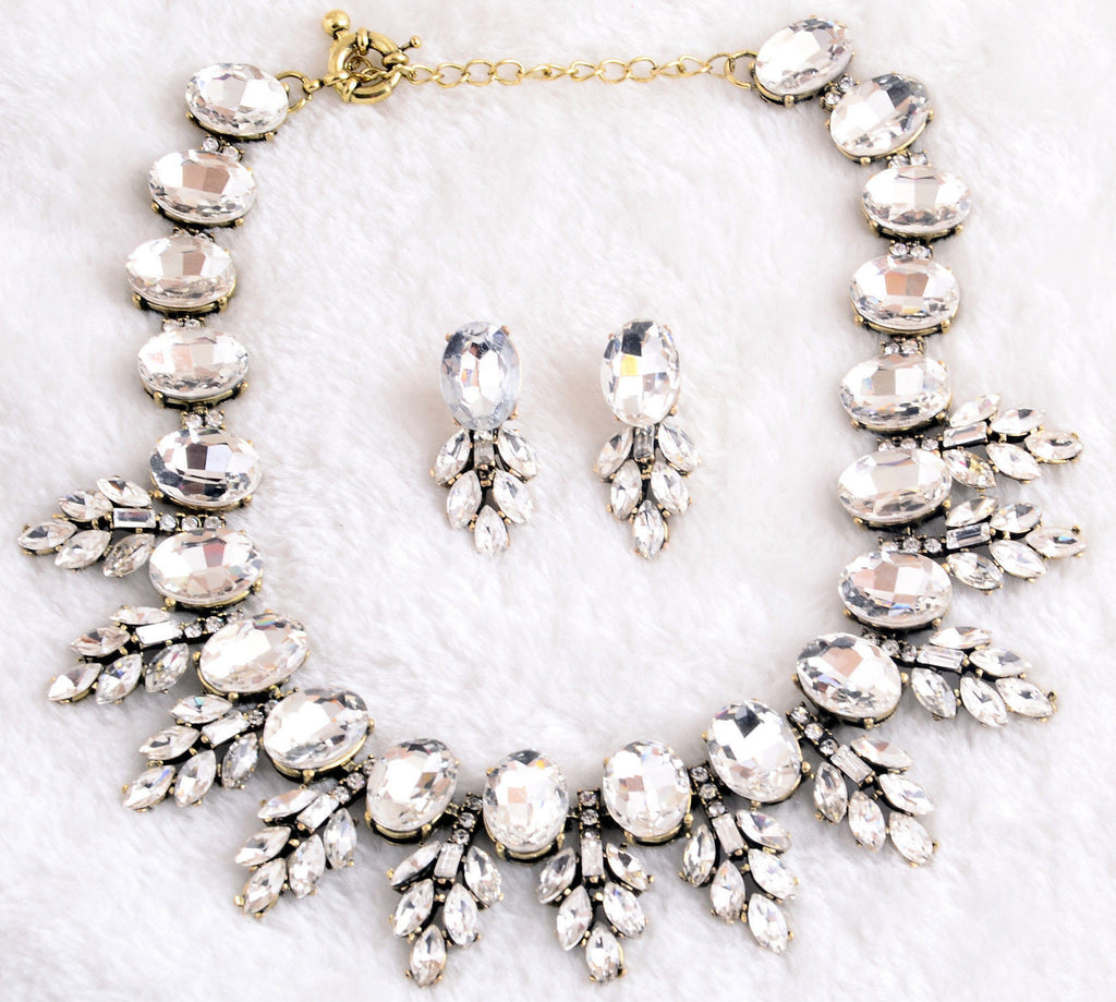 Crystal Couture Retro Collar Necklace and Earring Set - BellaBijoux