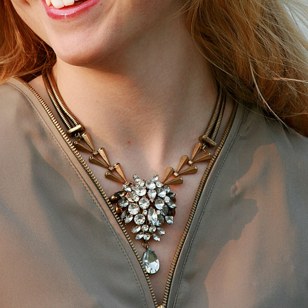 Bling it Back! Retro Crystal Drop Necklace - BellaBijoux