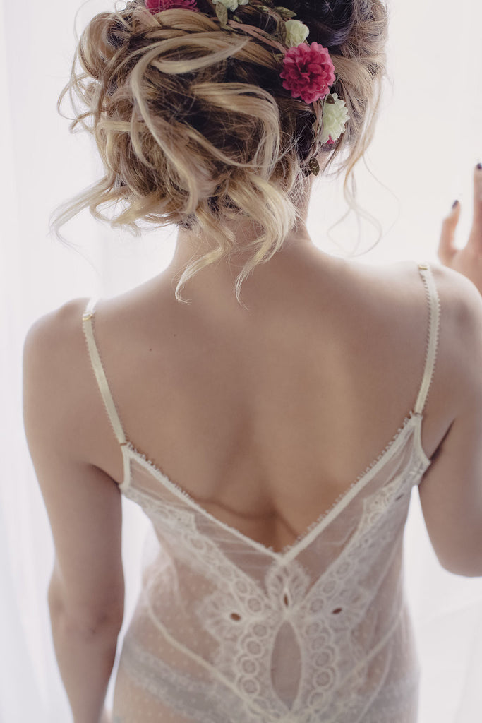 Koki Intimi. Seduce Me Gown slip, perfect for a bridal boudoir session.